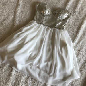 Dresses & Skirts - White/sequence Cocktail Dress